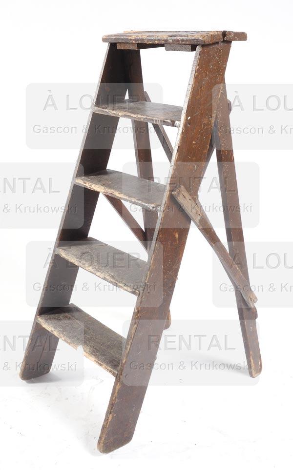 Escabeau en bois peint brun, 4 marches (non pliable)