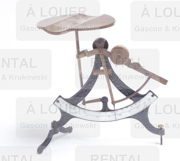 Balance antique